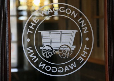 the_waggon_inn_etched_glass